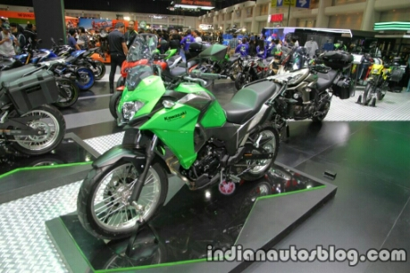 kawasaki-versys-x300-front-three-quarter-at-thai-motor-expo-1024x682.jpg
